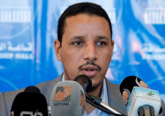 وزير الحكم الاتحادي يدعو لتوفير السلع الضرورية