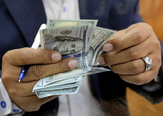 استقرار أسعار الدولار والريال السعودي مقابل الجنيه في السودان