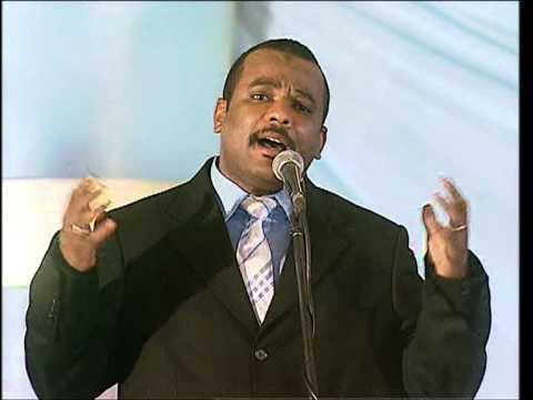 اختيار وليد زاكي الدين لتقديم برنامج (اغنيات من البرنامج)