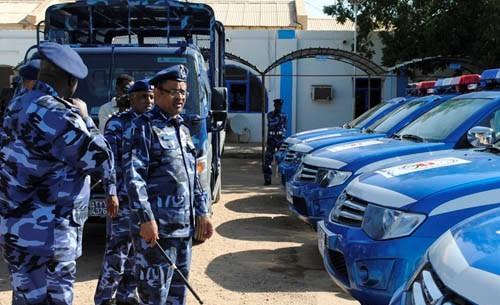 عاجل : الشرطة السودانية تلقي القبض على تشكيل إجرامي نهبوا تاجر عملة