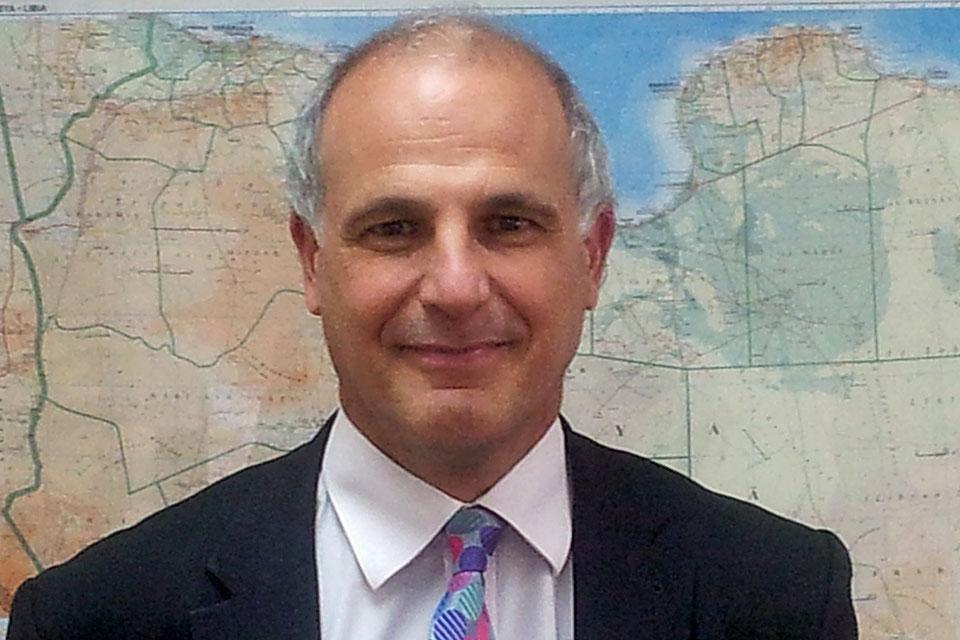 السفير البريطاني بالخرطوم:اعلان البشير  وقف إطلاق النار خطوة مهمة