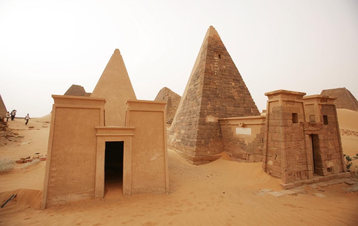 السودان يستعد لاستقبال سياح أجانب وفق خطة خبير أميركي