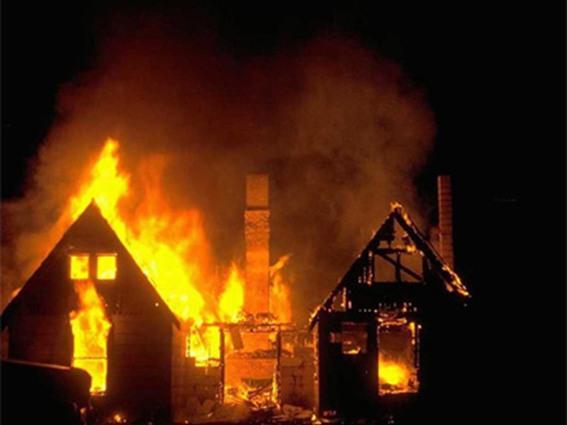 سحب ملف متهمين بحرق منزل رجل