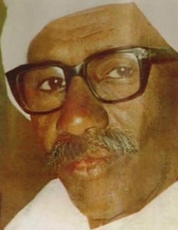 أبن الشاعر إسماعيل حسن: أشعار والدي ملك لكل الشعب السوداني..