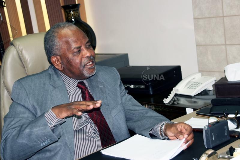 خبير اقتصادي : مصارف السودان لم تستفد من الرفع الجزئي للعقوبات