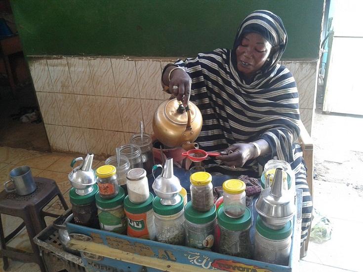 الغرامة في مواجهة بائعات شاي بالخرطوم