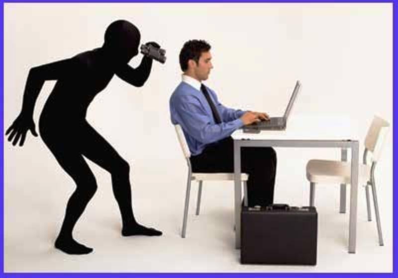 العليا تلغي حكم براءة موظف بالخارجية متهم بالتجسس