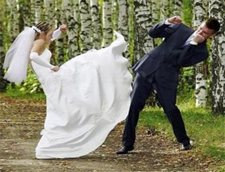 عروس تقفز من نافذة فندق هرباً من عريسها (الشين)..!!