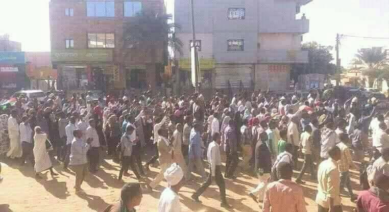 (مواكب ما بتتراجع تاني).. في الثلاثين من يونيو.. ها مرة أخرى.. مدن السودان تنتفض !!