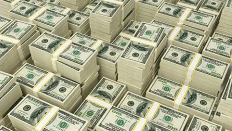 إحباط محاولة تهريب مبلغ (350) ألف دولار