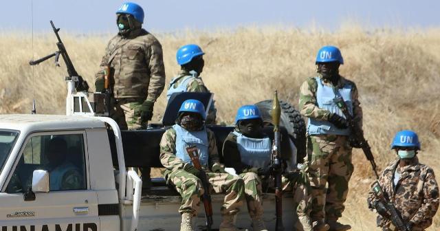 """جنوب دارفور تبحث تسلم مقار بعثة """"يوناميد"""" وتعزيز الأمن"""