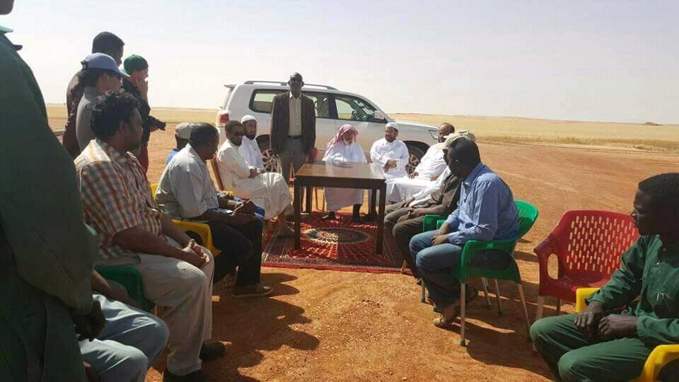 صورة للمليونير السعودي الشيخ الراجحي بصحراء السودان تشعل مواقع التواصل