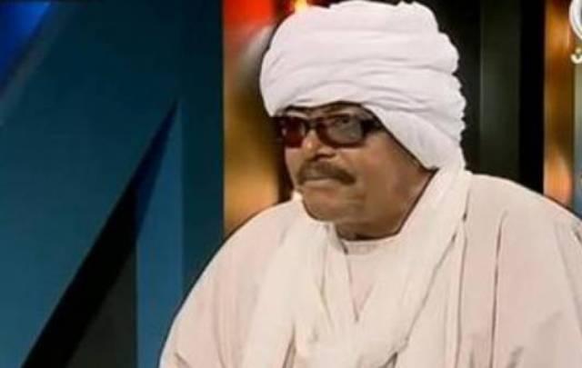 الشيخ بله الغائب: أنا مع فكرة أن يكون البشير للأبد .. عربتي تسير بدون بنزين (2-2)