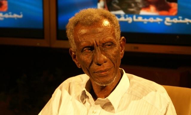 إسحاق أحمد فضل الله يكتب: هوامش