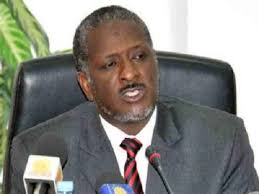 وزير المالية الأسبق يفند معضلات الإقتصاد السوداني ويقدم روشتة عاجلة (2-2)