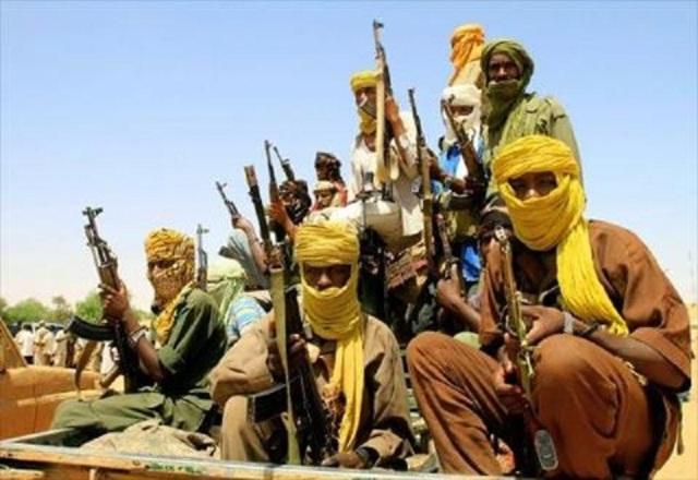 مقتل اثنين من عصابات النهب في تبادل لإطلاق نار بالجزيرة