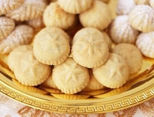 الحلويات تواصل الارتفاع مع حلول عيد الفطر و (١٥٠) جنيهاً  للكيلو