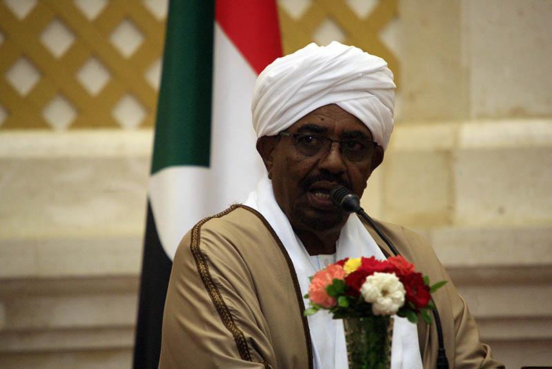 """البشير يشارك إثيوبيا الاحتفال بـ""""يوم الشعوب والقوميات"""""""