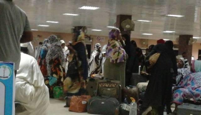 إنفراج أزمة العالقين في سواكن و(2500) معتمر يغادرون