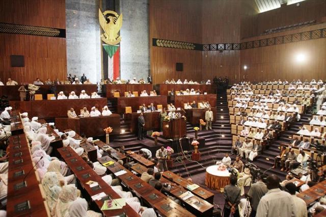 البرلمان: البلاد تواجه عداءاً خارجياً وخلايا تهدف للتخريب وزعزعة الأمن
