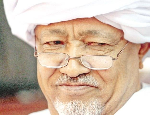 """الطيب مصطفى: """"طالما لا توجد حريات لا داعي لقانون الانتخابات"""""""