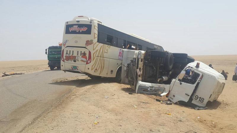 وفاة 11 حاجاً وإصابة آخرين إثر حادث مروري بنهر النيل