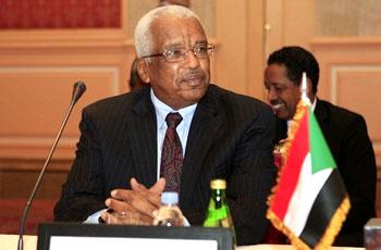 محمد خير الزبير محافظاً لبنك السودان المركزي