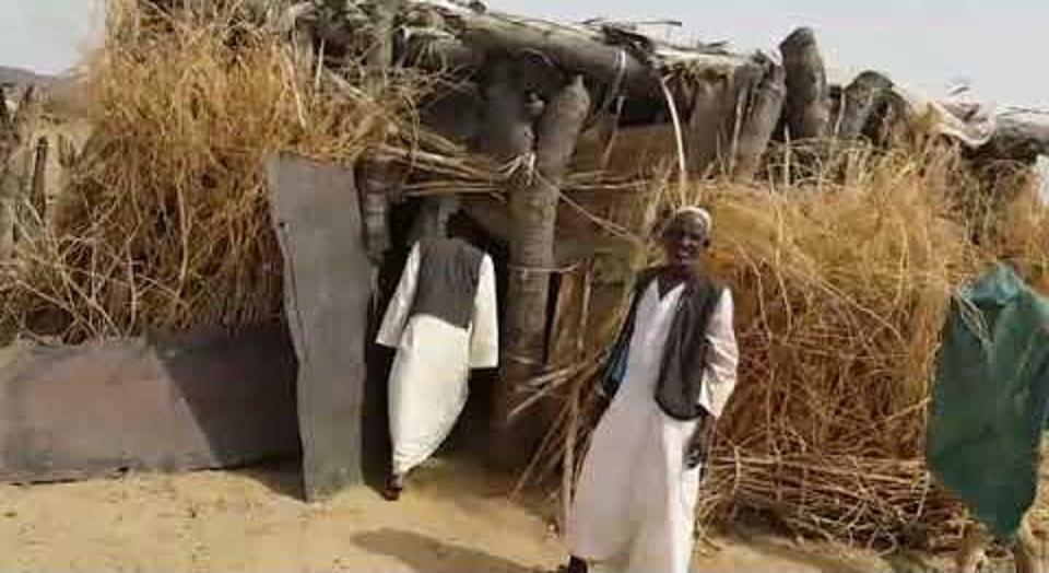 بالفيديو : مركز صحي فضيحة بشرق السودان يبعد 2 كيلو متر من الطريق القومي