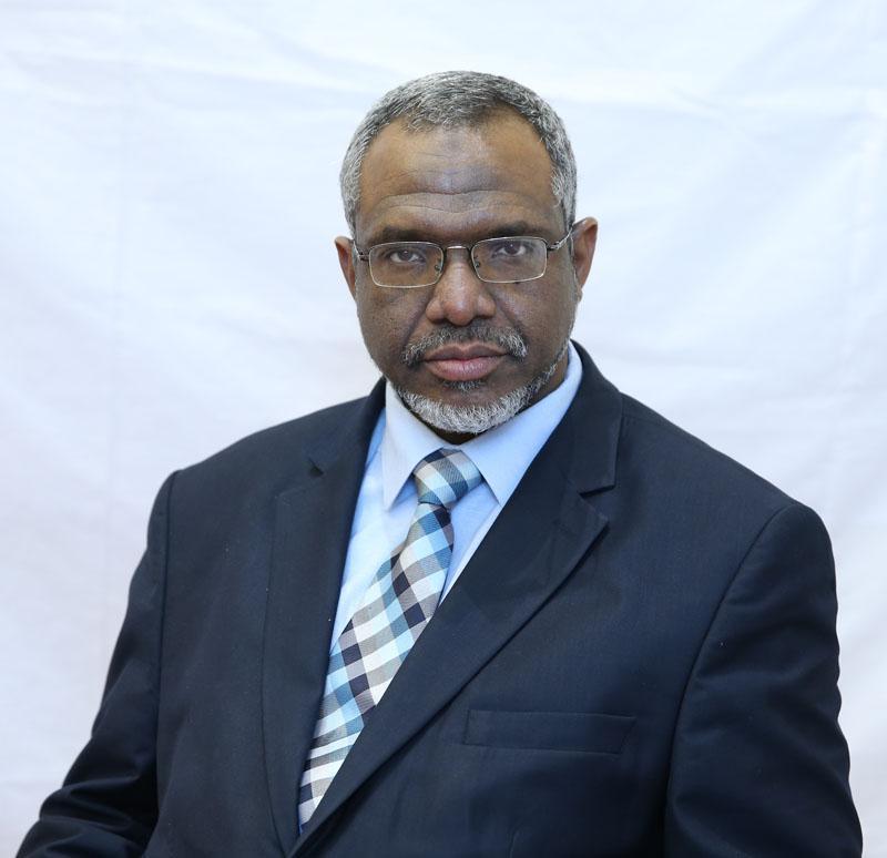 معتز يشيد بعمق العلاقات بين السودان والامارات