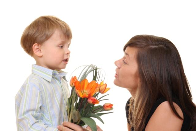صدق ولا تصدق طفل رضيع يلتقي أمه بعد خمسة أعوام لهذا السبب!