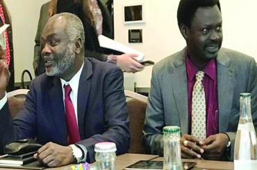 معارك بين قوات مناوي والعدل والمساواة بليبيا