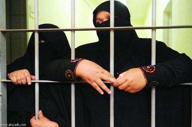القبض على شبكة تضم فتيات تنشط في السرقات النهارية