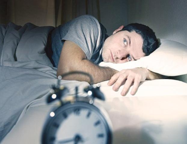 اضطرابات النوم تؤدي لجلطات القلب والمخ والعقم وتليف الرئة
