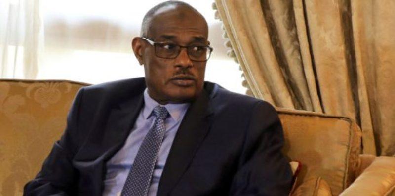 """حوار مع وزير الخارجية السابق """"الدرديري"""" حول """"مملكة الجبل الأصفر"""""""