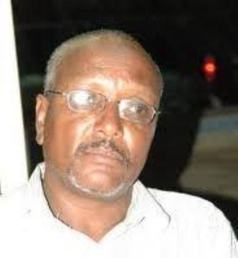 جمال أبو عنجة ينفي مطالبته بإقالة الزولفاني