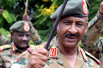 رئيس الأركان: مبادرات التفاوض مع المتمردين حقناً للدماء