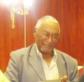 وفاة العالم السوداني دكتور حسين محمد أحمد مدير مستشفى الذرة السابق