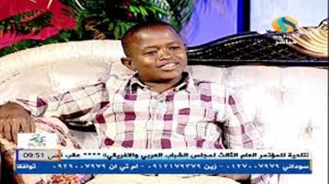 حسين عبد الوهاب الشهير بـ(غضب الصحراء):  الأولاد السبب الرئيسي في استعمال البنات للكريمات.. وما متعقد من قصر القامة