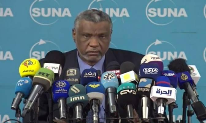 النائب العام يتلقى تقارير رؤساء النيابات العامة حول الأحداث الأخيرة