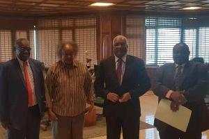شداد يستعين ببنك السودان لاستلام أموال الفيفا