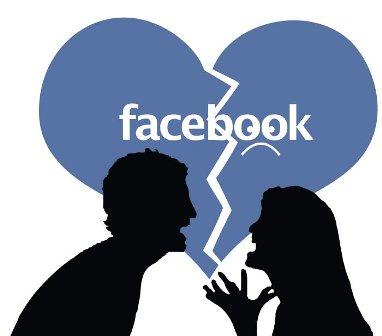 """سيدة سودانية : زوجي يخيرني بينه وبين """"فيسبوك"""""""
