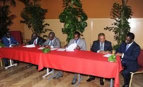 الوساطة: انعقاد أول اجتماع مباشر بين فرقاء أفريقيا الوسطى