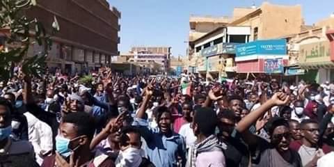 (تسقط بس) تدمر السودان.. ماذا يقصد الوطني؟