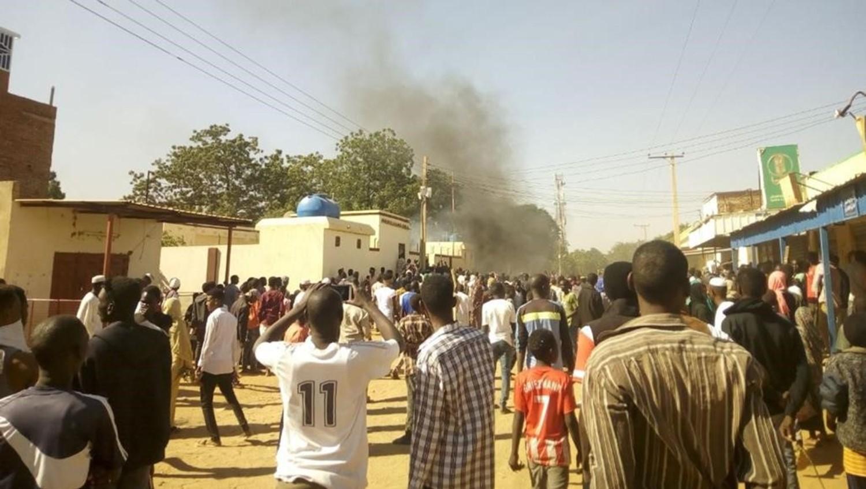 """تفاصيل موجة مظاهرات جديدة في السودان دعا لها """"تجمع المهنيين السودانيين"""""""