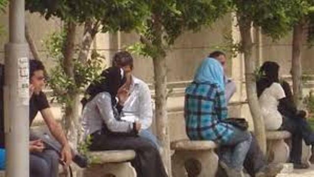خريج من جامعة السودان يعترف: أقمت أكثر من (26) علاقة عاطفية في الجامعة