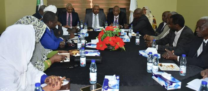 لجنة برلمانية تطلع على دور النيابة عقب الاحتجاجات الأخيرة