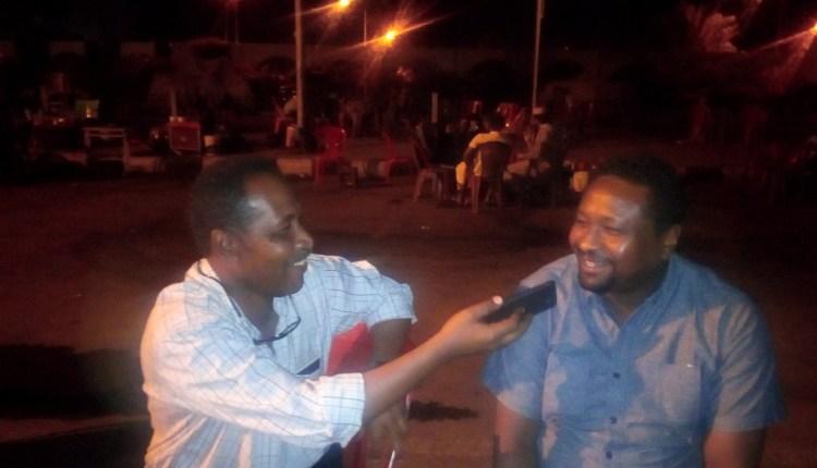 """أبرز ضحايا تعذيب النظام السابق """"زين العابدين الطيب"""" يقول :أحمد هارون أول من عذبني بشكل مباشر  وآخرون"""