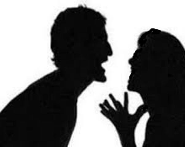 سيدة ترفع دعوى طلاق ضد زوجها بسبب عدم الانسجام