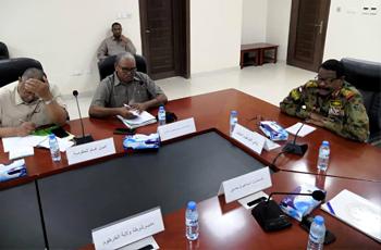 الخرطوم: سوء التوزيع أدى لبروز ظاهرة الصفوف أمام محطات الوقود