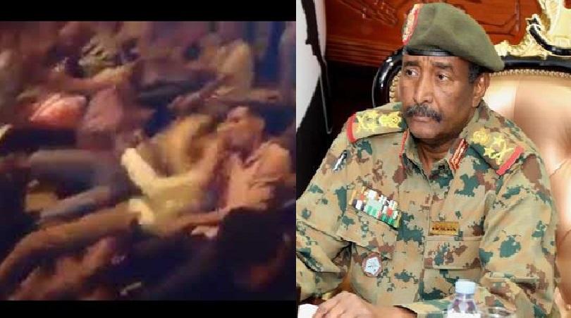 بالفيديو : (الراسطات والصابنها) يطاردون البرهان بهتاف جديد يعيد روح الاعتصام قبل المجزرة